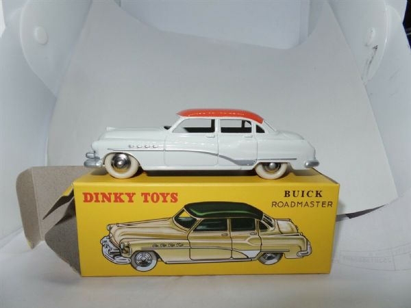 Atlas French Dinky 24V Buick Roadmaster in White with Red Roof
